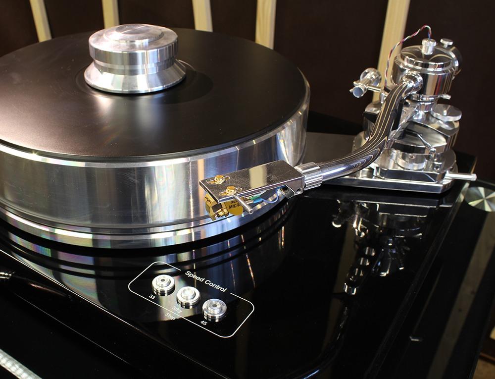 Platine vinyle Pro-Ject Signature 10 avec cellule Benz Micro Glider SL