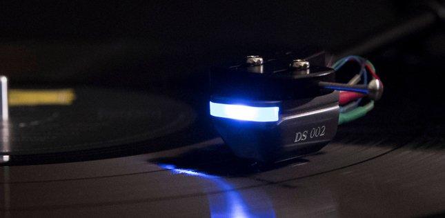 La cellule optique DS Audio DS-002 en écoute dans l'Auditorium Hi-Fi Rennes