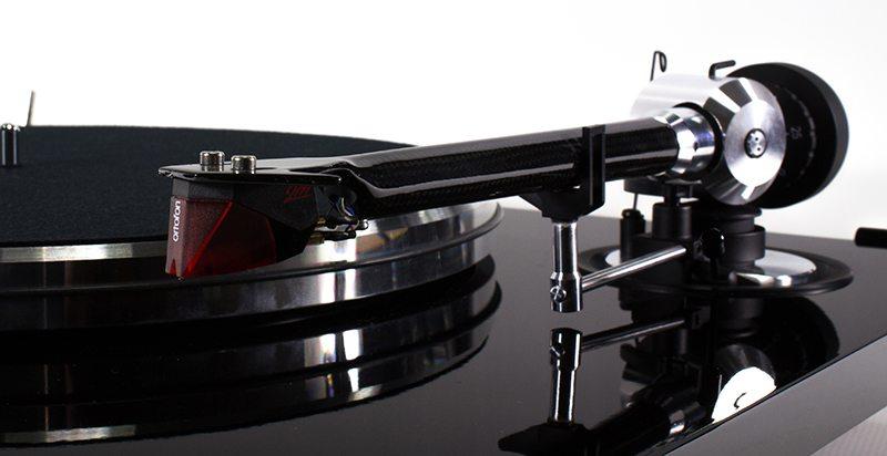Cellule phono et bras de la platine vinyle EAT Prelude
