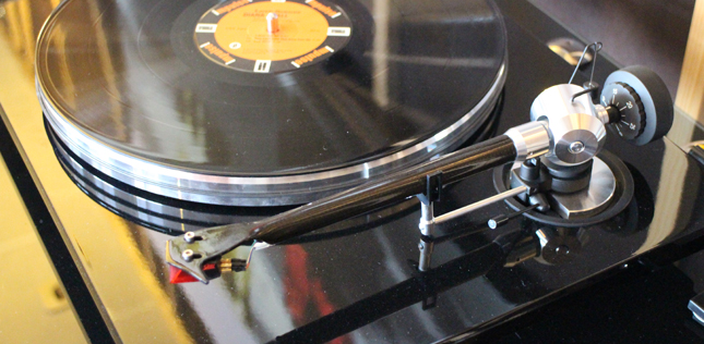 La platine vinyle EAT Prelude en écoute dans l'Auditorium Hi-Fi de Rennes